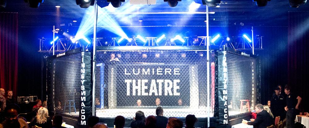 lumiere_theatre_cage2